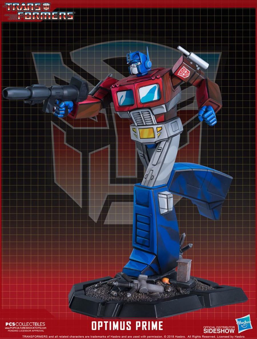 Pop Culture Shock - Optimus Prime Classic Scale Statue