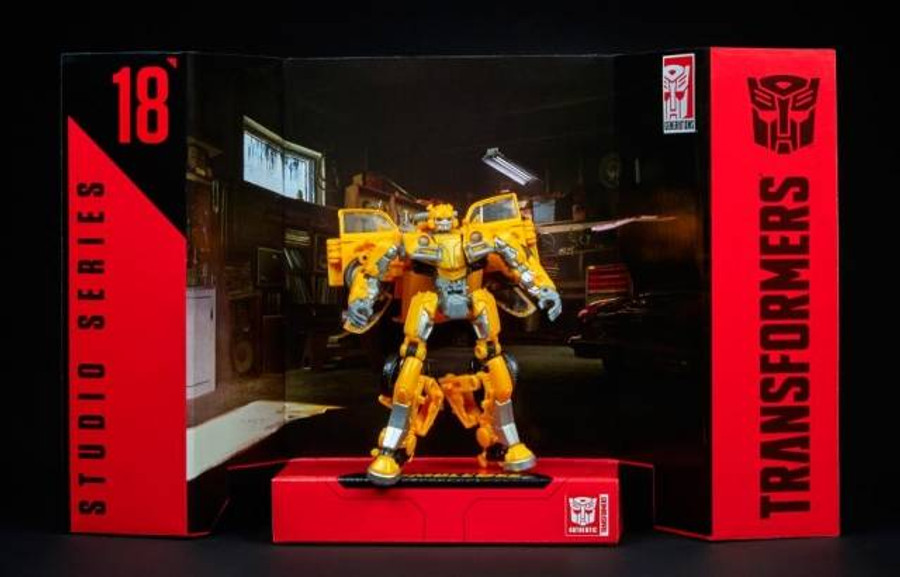 Transformers Generations Studio Series - Deluxe Bumblebee - VW Beetle