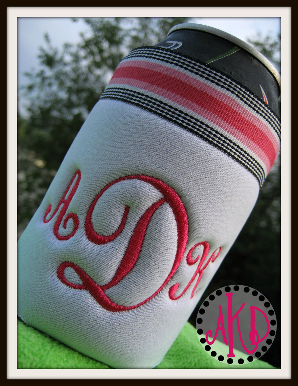 Our #351 Classic Script 3 Letter Monogram Machine Embroidery Designs 2 inch  high stitched along