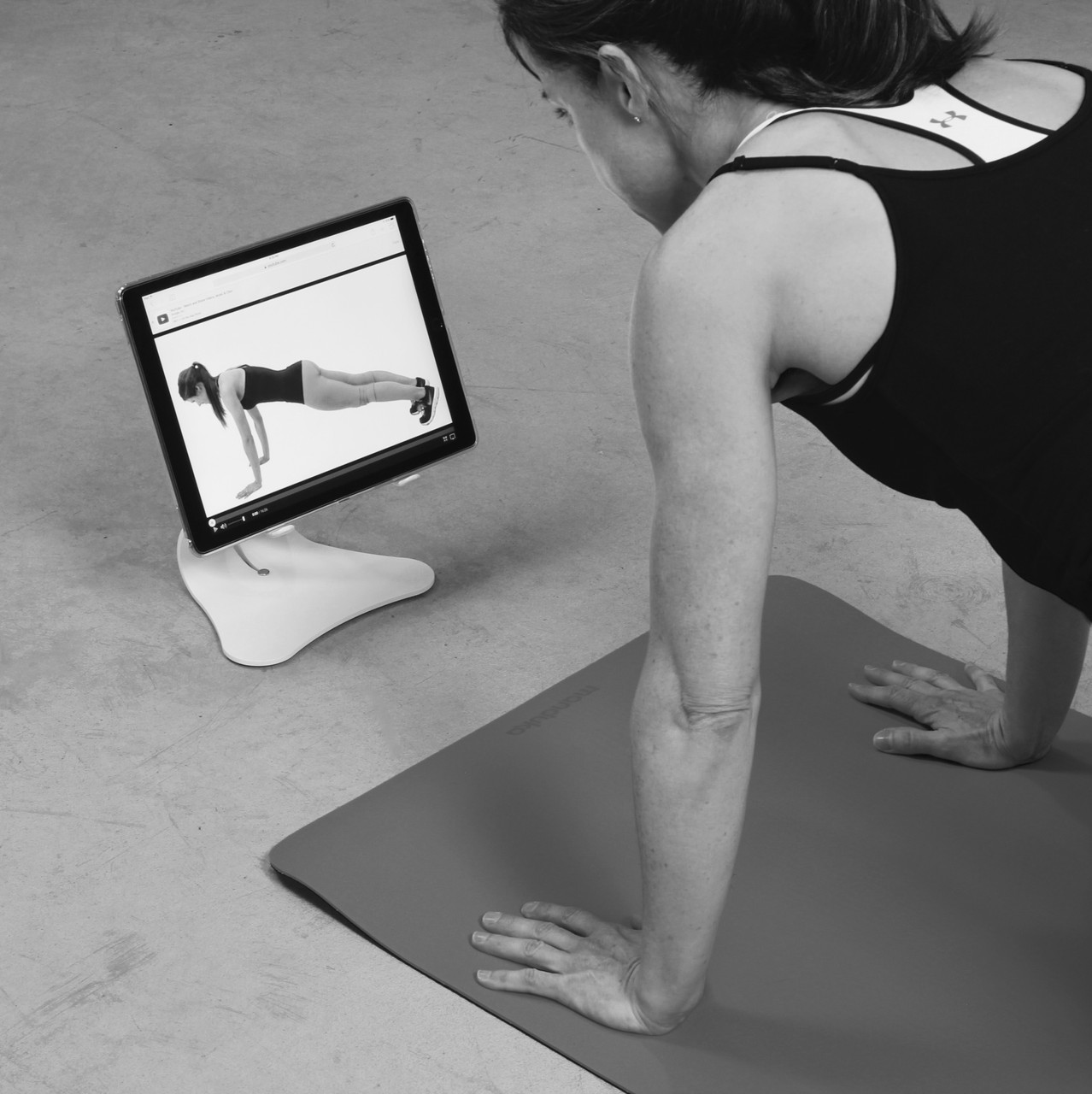 Professionals Love Simplex Tablet iPad Stand