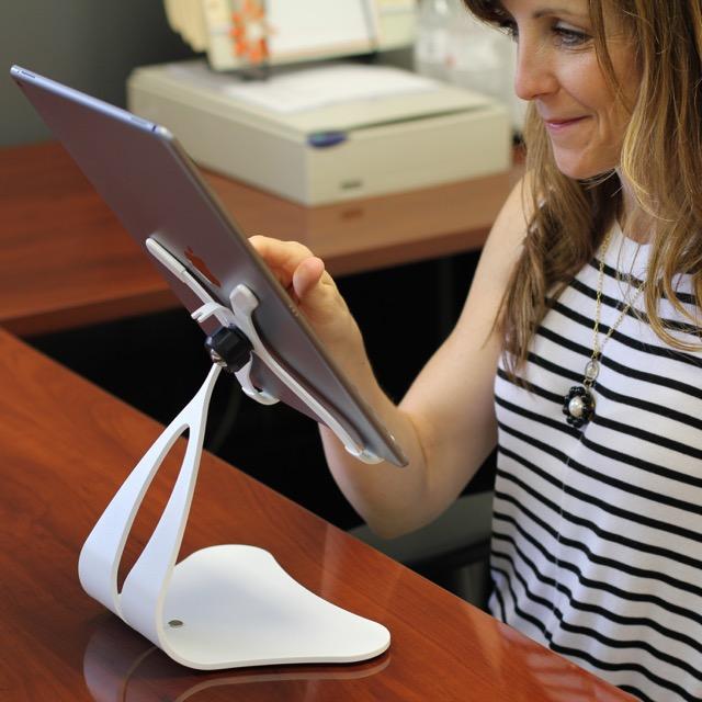 White - Stabile PRO on desk