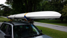 CT 1X System with Wide Cradles shown carrying an Ocean Kayak