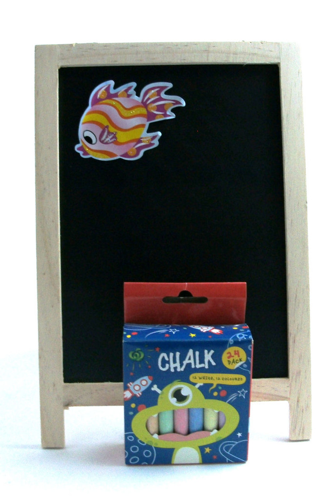 215 ch4 - black board & chalk - includes freight