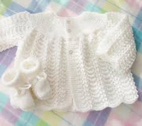 718 KNS Hand Knitted Baby Matinee Jacket, Booties, Mittens or Hat 3 piece set