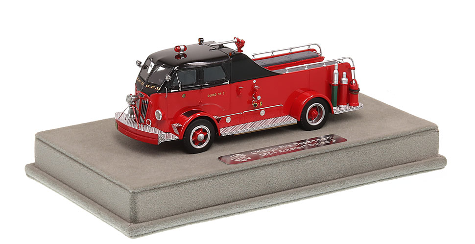 CFD 1954 Autocar Squad 3 includes a fully custom display case.