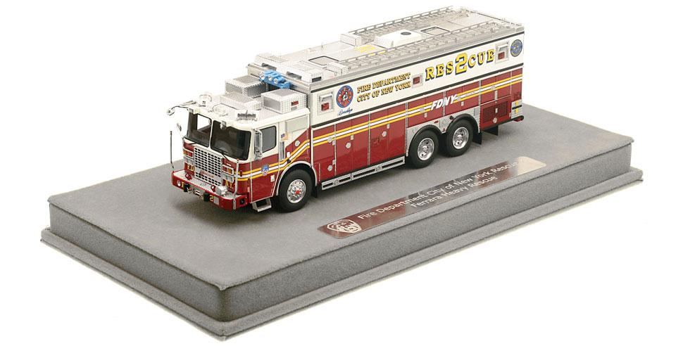 FDNY Rescue 2 includes a fully custom display case.