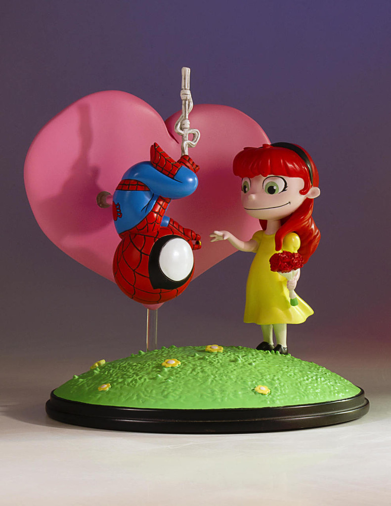 Spider-Man and Mary Jane Animated Statue