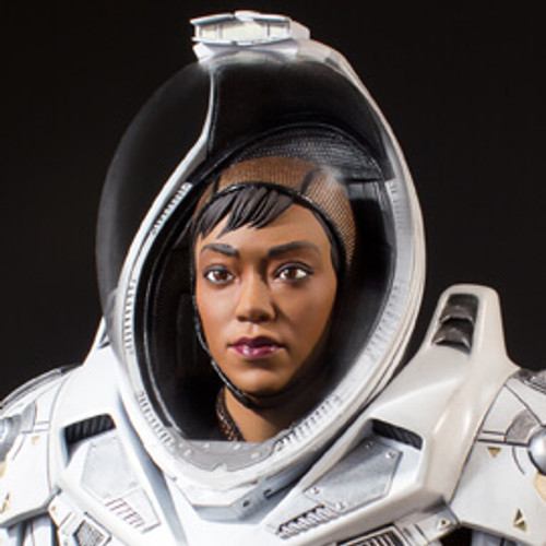 Michael Burnham in Starfleet Long-haul Space Suit Star Trek: Discovery Collector's Gallery Statue