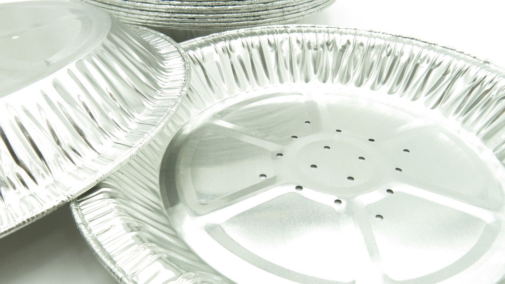 9 inch perforated foil pan