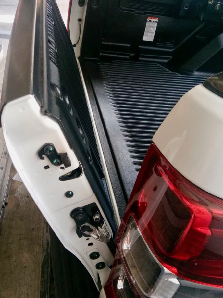 ProLift Tailgate Assist For Volkswagen Amarok 2010-2019
