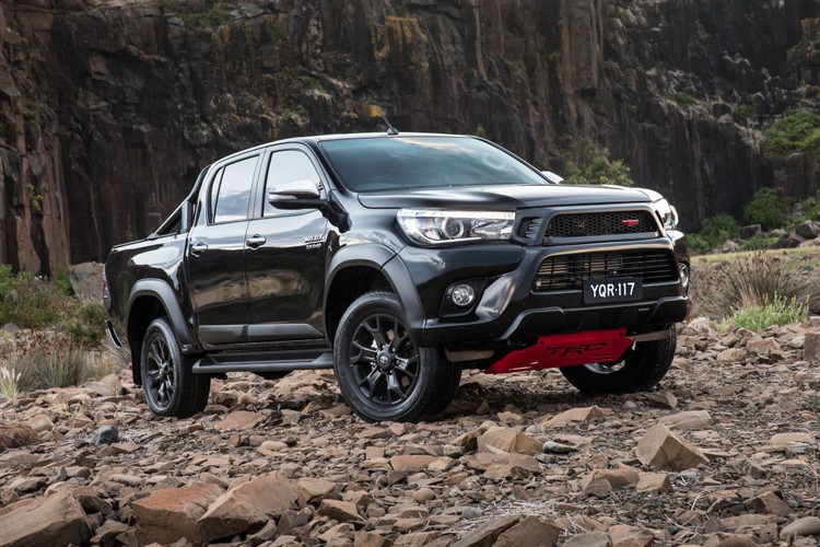 Top-spec Toyota HiLux SR5 dual-cab now available with TRD visual enhancements