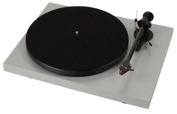 Project Debut Carbon DC Inc Ortofon OM10-Gloss Silver