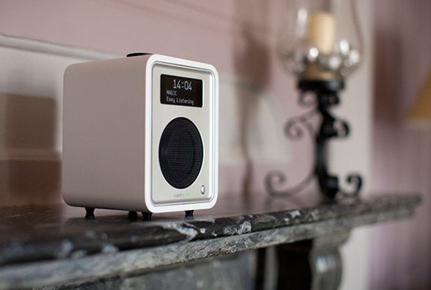 Ruark Audio R1 MKIII Tabletop Radio