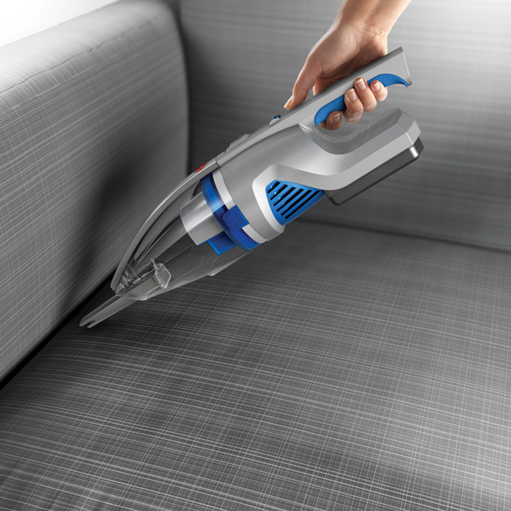 Detachable crevice tool for cleaning hard to reach areas