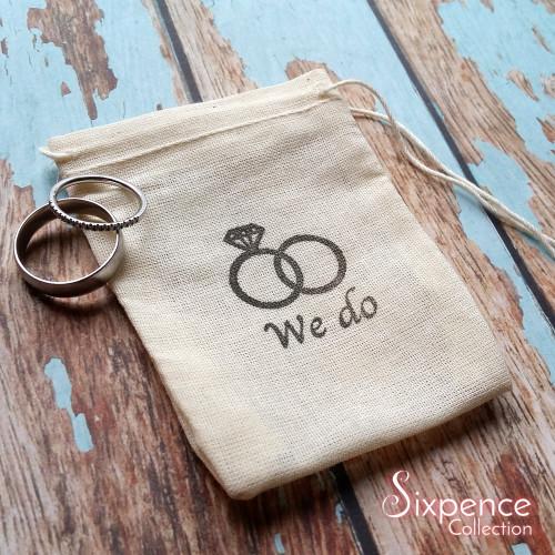 We do wedding band ring bag