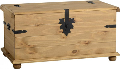 Corona Single Storage Chest in Distressed Waxed Pine