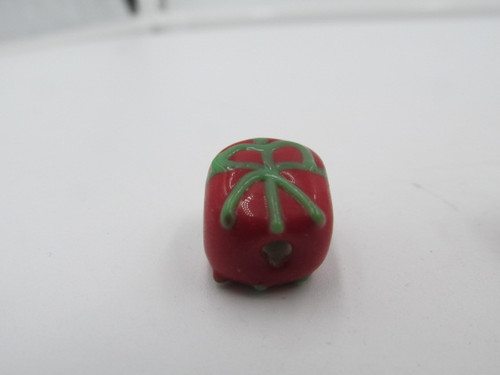 14x10mm Red Christmas Present with Green Bow