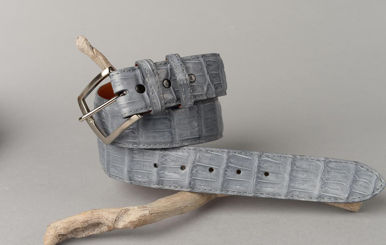 Grey Caiman belt with matching stitch and edge.