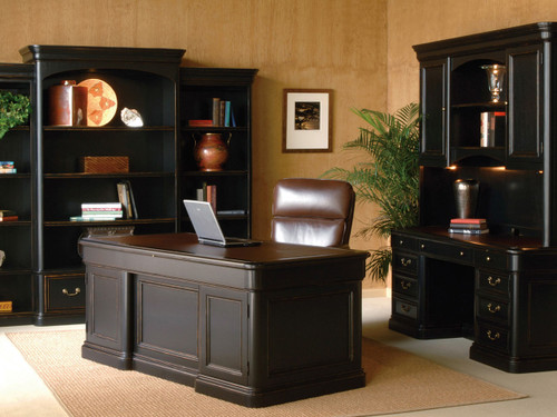 Superbe 7 9140 Louis Phillippe Executive Desk