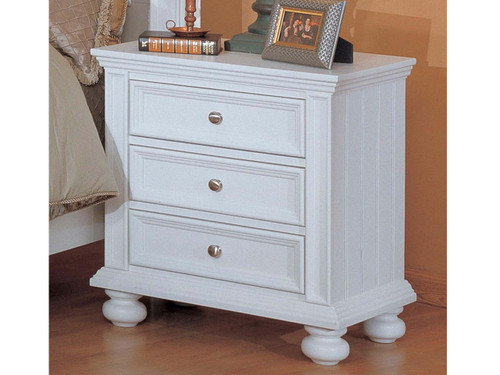 Cape Cod 3 Drawer Nightstand