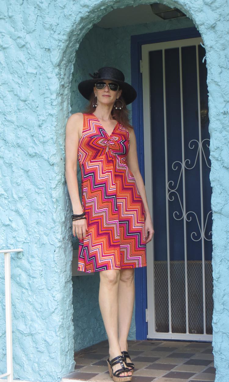 Bright Oblique Short Twist Dress
