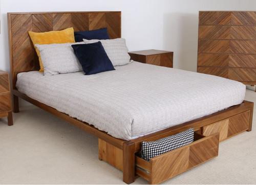 QUEEN KALISTA  SOLID AFRICAN OAK HARDWOOD BED  (MODEL: OR-301) - AS PICTURED