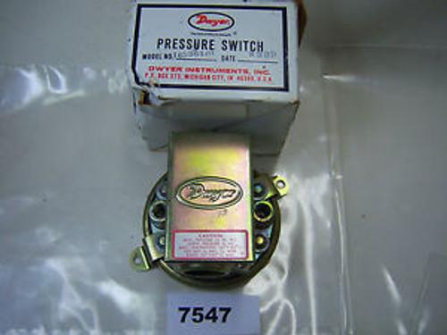 (7547) Dwyer Series 1900 Pressure Switch 25-165364-00