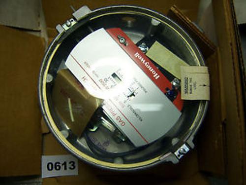 (0613) Honeywell C437E 1012 Gas/Air Pressure Switch