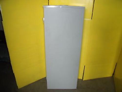 #1150 Siemens 200 Amp Pw4040B1200Cu 40 Space  3 R With Breakers & Has Kos