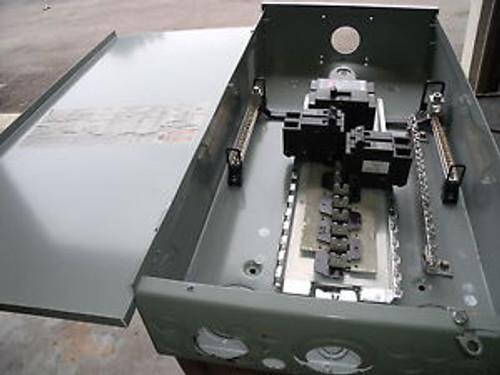 #1122 Br2040B200R Cutler Hammer 200 Amp  120/240 Volt Single Phase 200 A Bkr