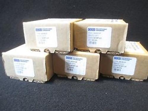 #K516  5 Wika 233.30 2.5 100PSI Stainless Liquid Filled 1/4 NPT Gauge