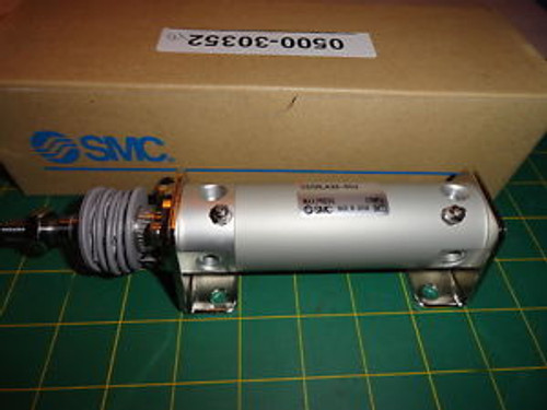 SMC CDG1LA32-50J Air Cylinder CG1 Series 32mm bore 50mm stroke w/ bellows