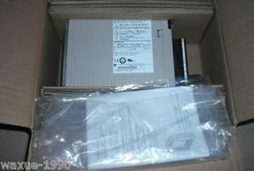 New YASKAWA SGDV-2R8A01A002000  IN BOX