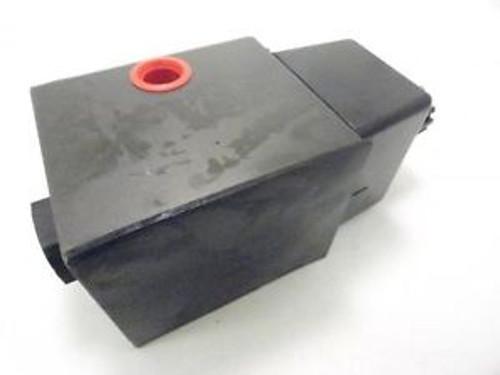 135131 New-No Box Parker D3W4ENYC Hydraulic Solenoid Valve 120/60-110/50 V/Hz