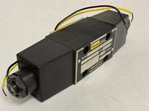 92057 Old-Stock Parker D1BW1DY21 Directional Control Valve 110/120V