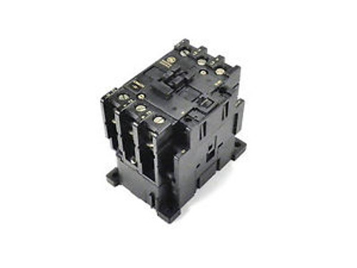 NEW GE MAGNETIC CONTACTOR CR4CHA CA3-43-120-NO 115/120V 50/60HZ AC COIL