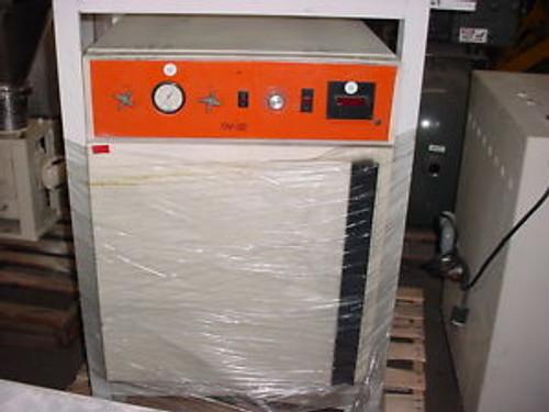 4.5 cu ft napco 200 deg C    vacuum  OVEN