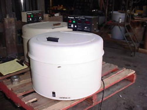 .25 hp lab Universal centrifuge lot PRECISION SCIENTIFIC model 67310