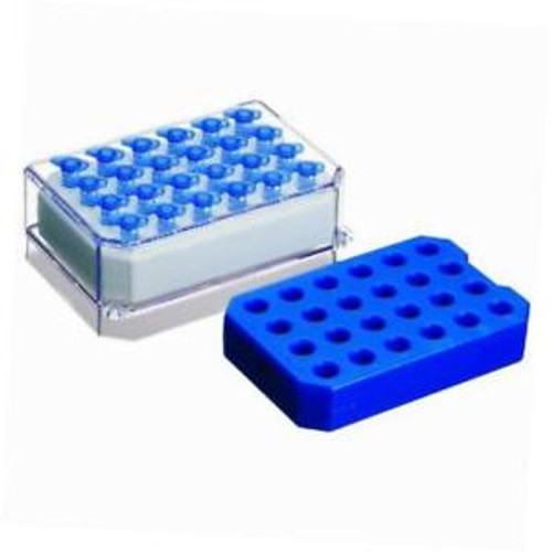 022510509 One Pink And One Blue Polycarbonate Pcr-Cooler Iceless Cold Pack