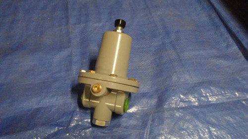 "Fisher Controls Type 64 R 1/2"" female NPT Pressure Reducing Regulator"