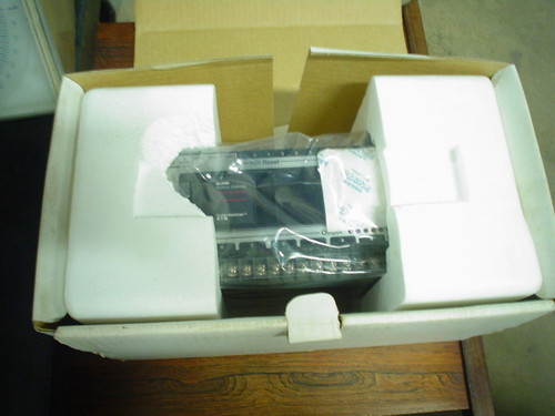 NIB Cutler Hammer Eaton D100CR20A Series A1 Controller