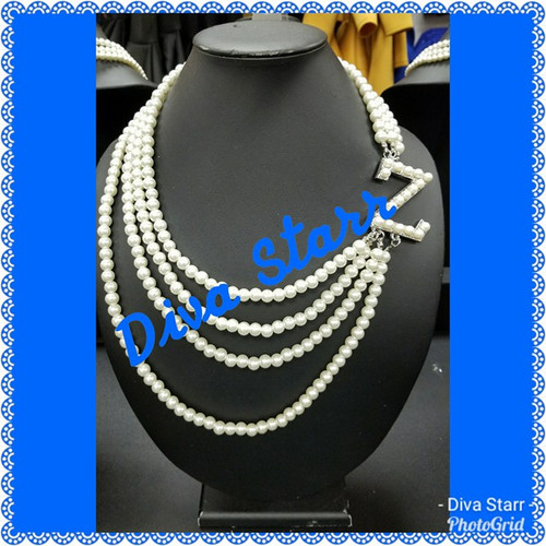 Zeta Z Pearl Necklace