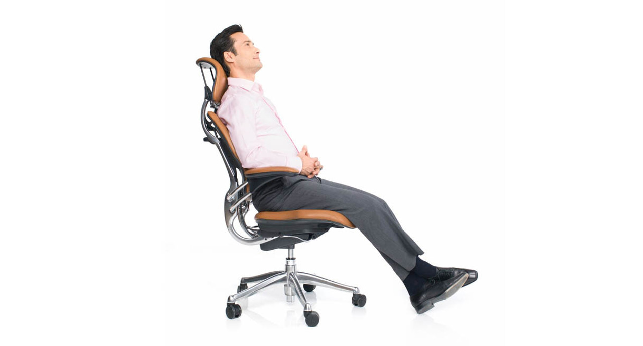 Genial Headrest Is Contoured And Moves Forward For Total Neck Support
