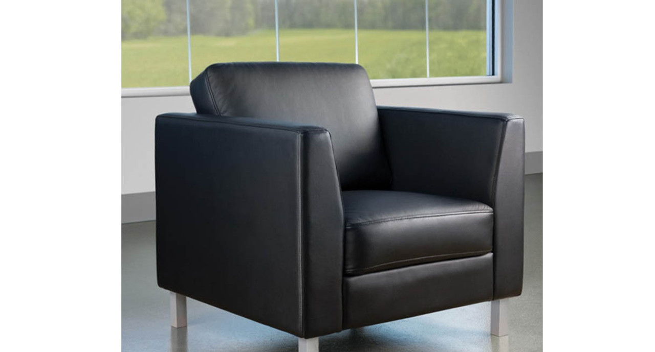 Turnstone Lincoln Lounge Chair