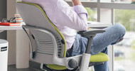 Leaps and Bounds: Comparing the Steelcase Leap Chair and Humanscale Freedom Chair