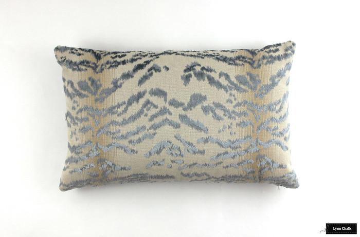 Cowtan & Tout Rajah Blue Pillow (20 X 20)