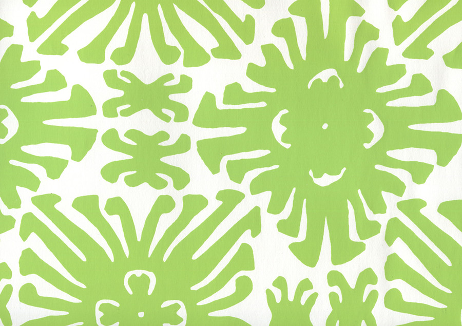Sigourney Small Scale Jungle Green on white 2475WP 02