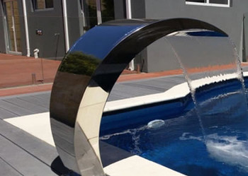 Swimming Pool water curtain feature