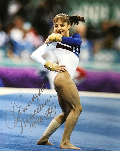 Dominique Moceanu Olympics 16-2 Signed 16x20 Photo