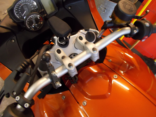 "F800GT Handlebar Riser Bar Backs 2"" diagonal move W/ GPS- includes Brake line adapter"